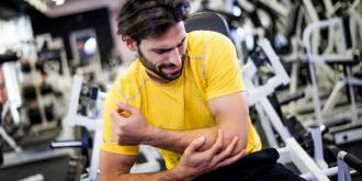 Οι 9 τροφές που θα σε ανακουφίσουν από τους μυικούς πόνους μετά τη γυμναστική