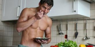 Το σχέδιο διατροφής με 7 τροφές ιδανικές για χτίσιμο μυών στους άντρες