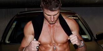 Θες το 2020 να αποκτήσεις κορμί bodybuilder; Η επιστήμη σου λέει τι πρέπει να τρως