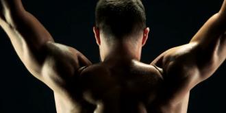 Tips από έναν fitness expert για να αποκτήσεις την πλάτη των ονείρων σου